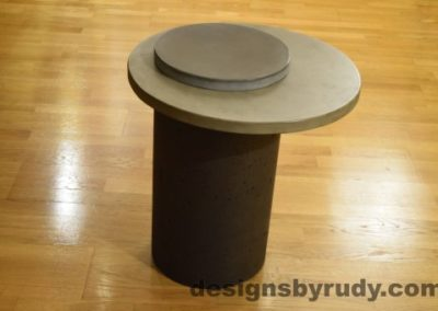 Concrete Side Table, Gray Top and Cap, Pillars model, Designs by Rudy