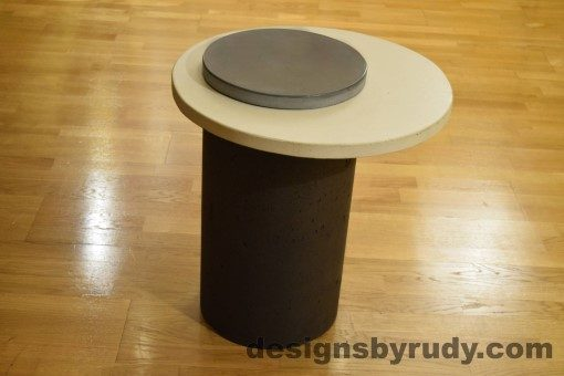 Concrete Side Table, White Top and Gray Cap, Pillars model, Designs by Rudy