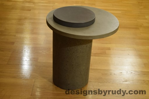 Gray Concrete Side Table, Gray Top and Charcoal Cap, Pillars model, Designs by Rudy