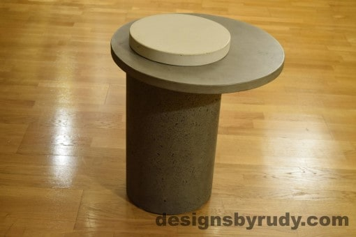 Gray Concrete Side Table, Gray Top and White Cap, Pillars model, Designs by Rudy