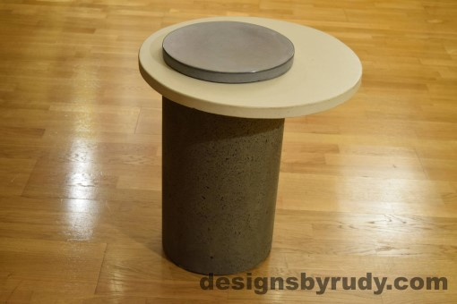 Gray Concrete Side Table, White Top and Gray Cap, Pillars model, Designs by Rudy