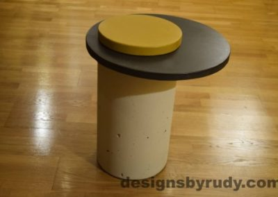 White Concrete Side Table, Charcoal Top and Yellow Cap, Pillars model, Designs by Rudy
