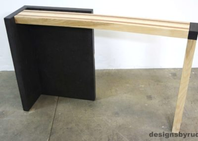 Right curve concrete console table with wooden top full front view 3, Designs by Rudy